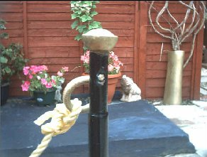 finials and rope used on budget decking